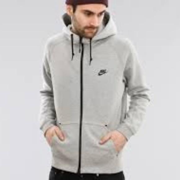 157a33fef9d9 Nike Tech Fleece AW77 Hoodie. M 5b845b016a0bb7f998a021d1